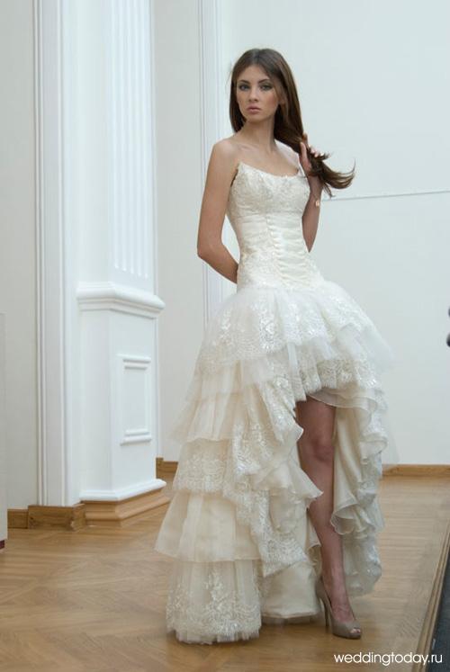 6b9cd69dfdd7a0f Свадебные платья короткие со шлейфом | Weddingtoday.ru