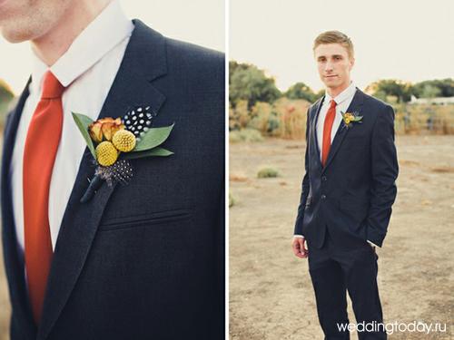 В нашем веке мужской костюм на свадьбу не предполагает строгих и четких правил. Главное, что бы он сочетался со стилем платья невесты и хорошо смотрелся