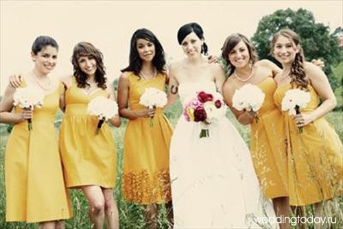 И последнее правило, платья подружек невесты по фасону и фактуре ткани...