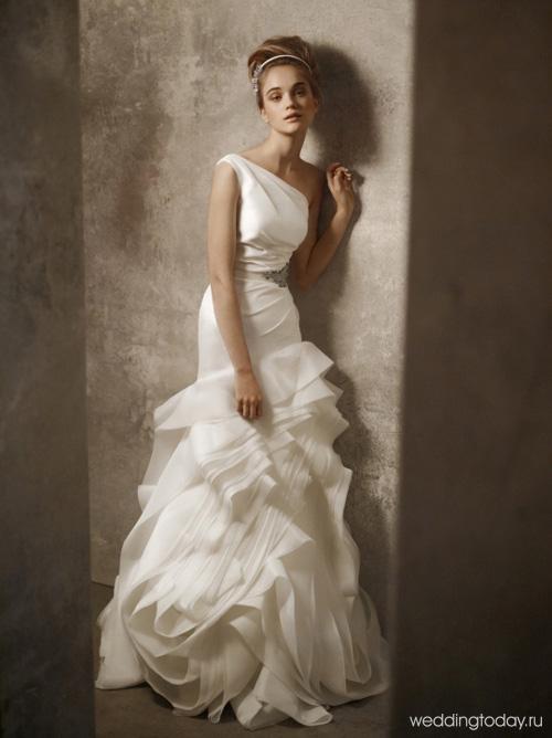 Свадебные платья 2012 из коллекции Веры Вонг (Vera Wang) в картинках. Каждое платье уникально. Платья от Веры Вонг всегда воздушные и невесомые