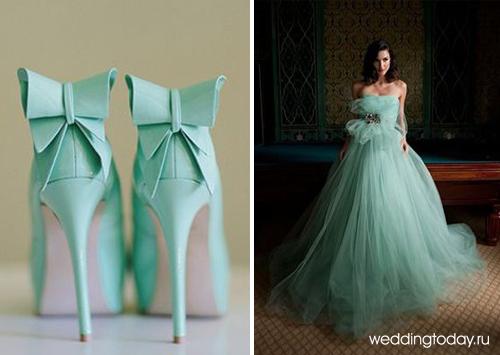 Бирюзово белые свадебные платья