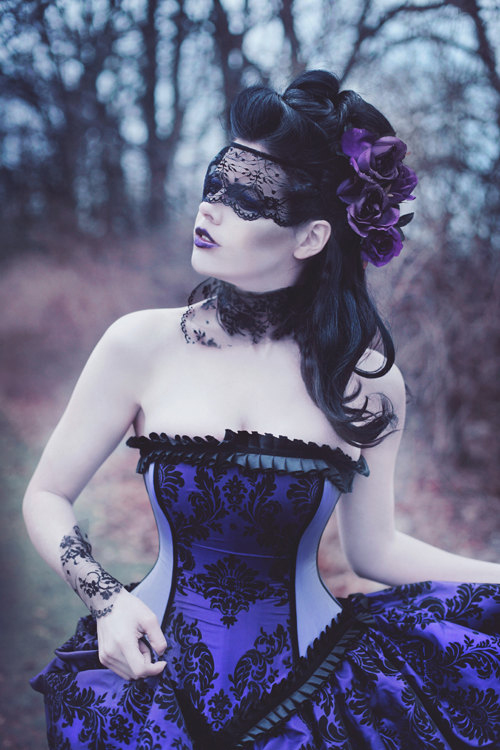 purple-wedding-dresses-gothic
