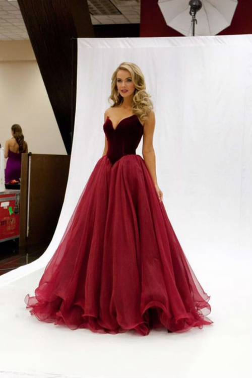 red-wedding-dresses-2